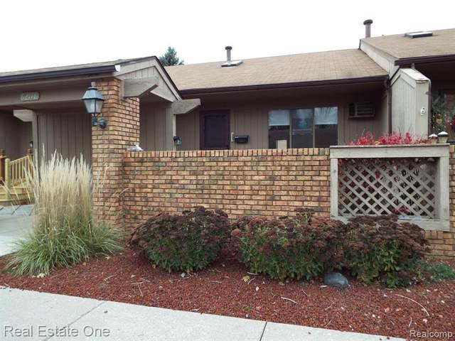 62178 Ticonderoga #2, South Lyon, MI 48178 (#2200089467) :: The Alex Nugent Team | Real Estate One