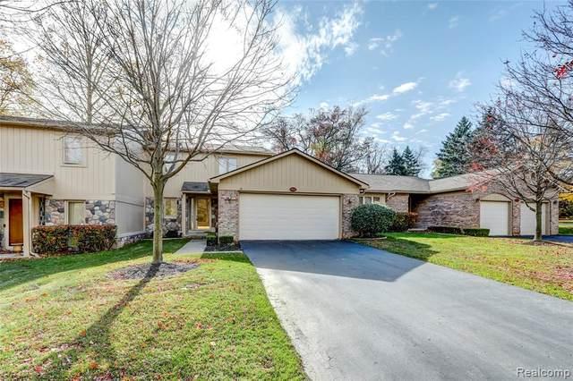 29527 Sylvan Lane, Farmington Hills, MI 48334 (#2200089519) :: Novak & Associates