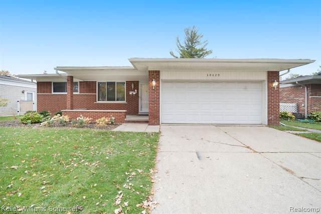 30620 Westwood Drive, Madison Heights, MI 48071 (#2200089630) :: Alan Brown Group