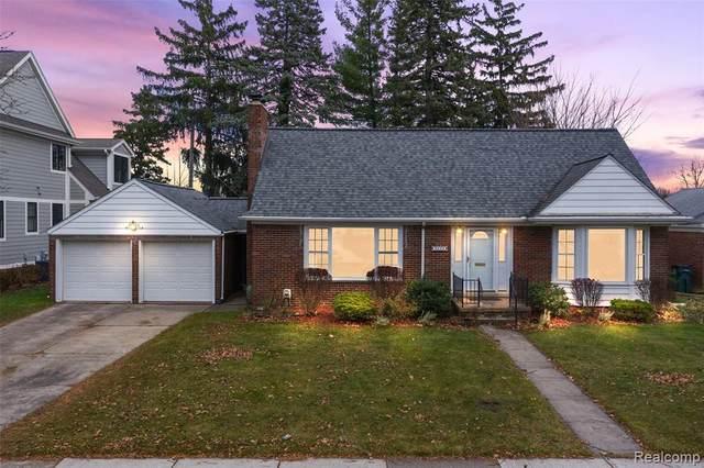 2432 Linwood Avenue, Royal Oak, MI 48073 (#2200089737) :: The Alex Nugent Team | Real Estate One