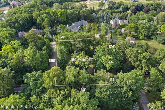314 W Hickory Grove Road, Bloomfield Twp, MI 48302 (#2200089802) :: Alan Brown Group