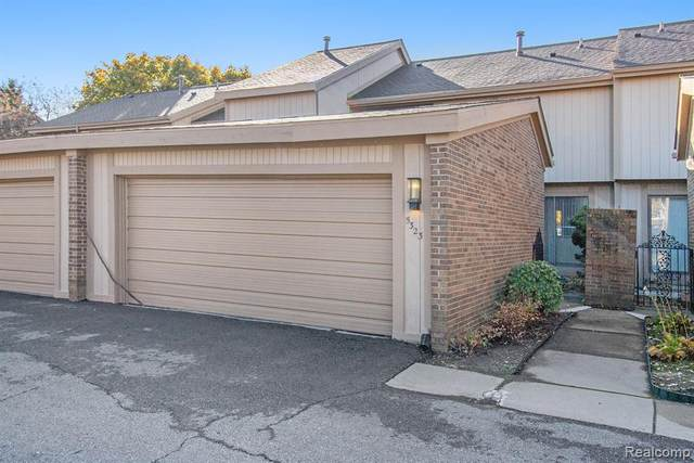 5323 Wright Way S, West Bloomfield Twp, MI 48322 (#2200089925) :: Duneske Real Estate Advisors