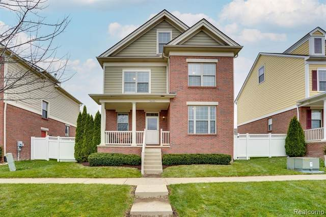 59033 Garrison Lane, Washington Twp, MI 48094 (#2200089987) :: Keller Williams West Bloomfield
