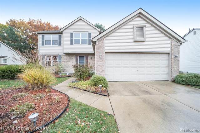 1868 Heron View Dr, West Bloomfield Twp, MI 48324 (#2200090045) :: Keller Williams West Bloomfield