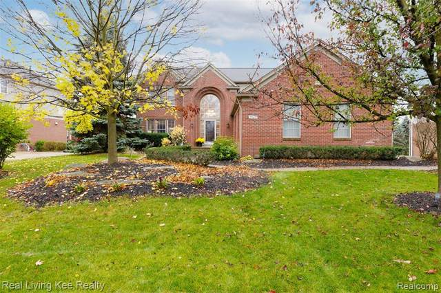 3829 Woodmonte Dr, Oakland Twp, MI 48306 (MLS #2200090214) :: The Toth Team