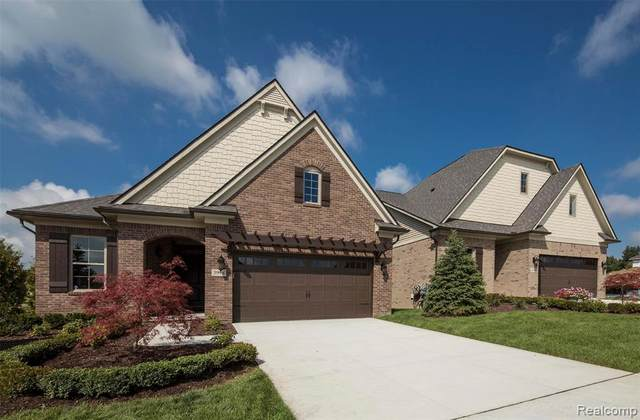 3971 Vendome Drive, Auburn Hills, MI 48326 (#2200090397) :: The Merrie Johnson Team