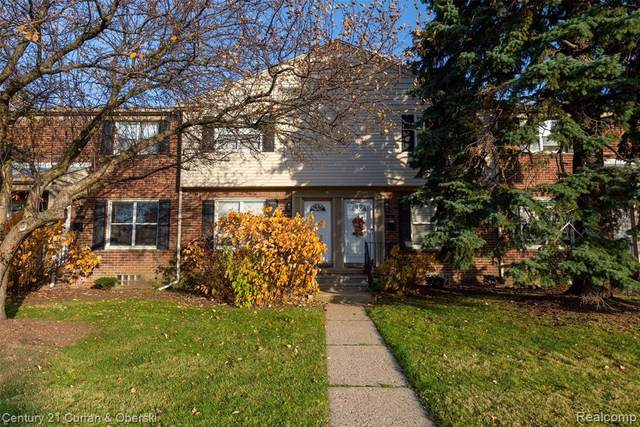 3222 Coolidge #11, Royal Oak, MI 48073 (#2200090512) :: Robert E Smith Realty