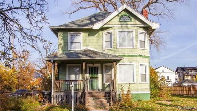 864 Hazelwood Street, Detroit, MI 48202 (#2200090629) :: GK Real Estate Team