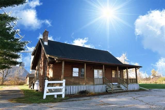4400 W Grand River Road, Webberville Vlg, MI 48892 (#2200090951) :: The Alex Nugent Team | Real Estate One