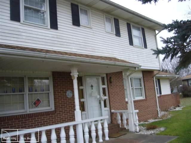 4221 W Highland, Highland Twp, MI 48380 (#58050028301) :: The Alex Nugent Team | Real Estate One