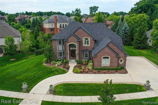 5155 Springdale Court S, Independence Twp, MI 48348 (#2200091716) :: Robert E Smith Realty