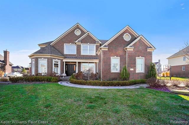 3793 N Century Oak Circle, Oakland Twp, MI 48363 (#2200092338) :: The Alex Nugent Team | Real Estate One