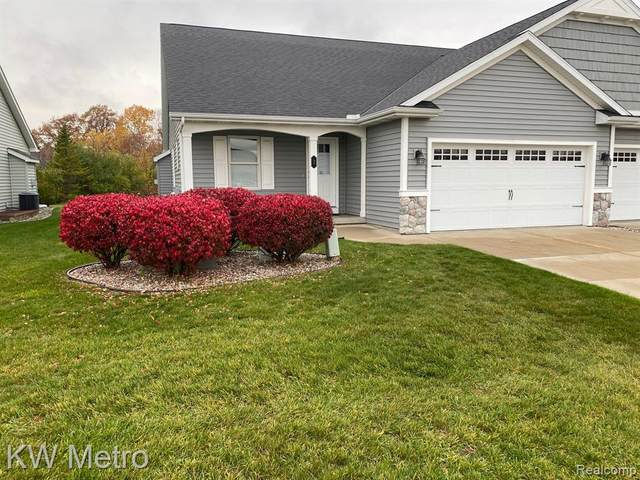 3 Sanctuary Way, Tittabawassee Twp, MI 48623 (#2200092386) :: RE/MAX Nexus
