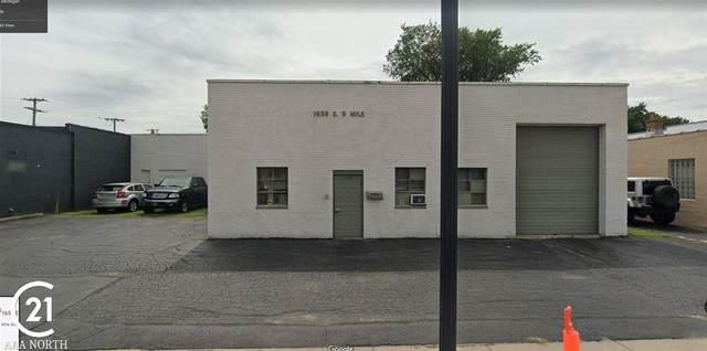 1658 E Nine Mile Road, Hazel Park, MI 48030 (#58050028587) :: The Mulvihill Group