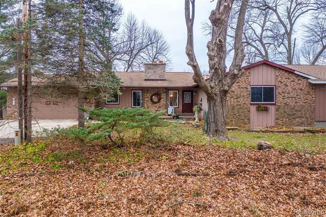 12030 Gage Road, Holly Twp, MI 48442 (#2200093108) :: Keller Williams West Bloomfield