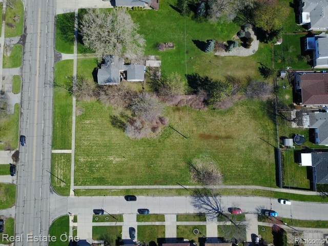 6154 N Inkster, Dearborn Heights, MI 48127 (#2200093177) :: Keller Williams West Bloomfield