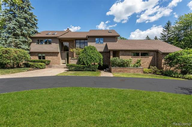 2565 Lahser Road, Bloomfield Hills, MI 48304 (#2200093437) :: Robert E Smith Realty