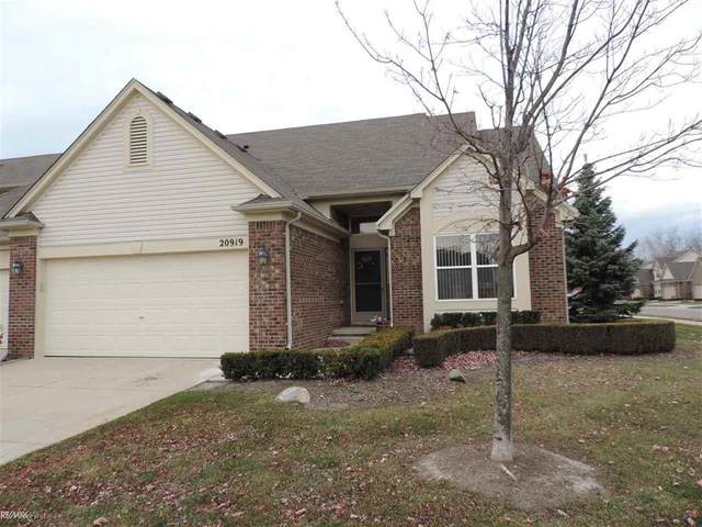 20919 Rockhill #158, Macomb Twp, MI 48044 (#58050029140) :: The Mulvihill Group