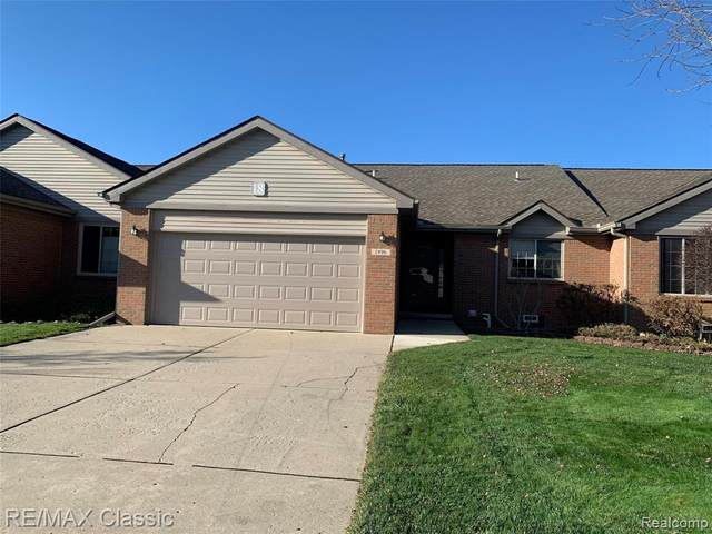 1996 Pebble Creek Drive, Canton Twp, MI 48188 (#2200094694) :: Robert E Smith Realty