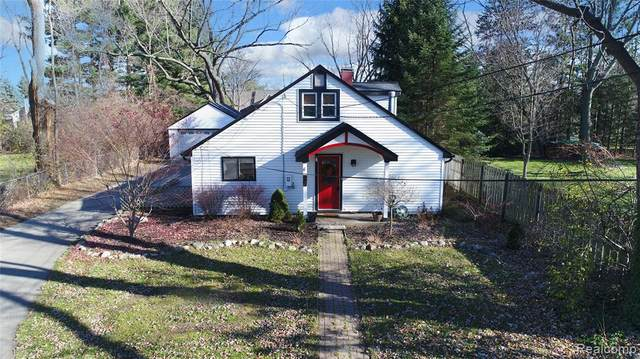 2681 Norton Lawn, Rochester Hills, MI 48307 (#2200095303) :: The Alex Nugent Team   Real Estate One