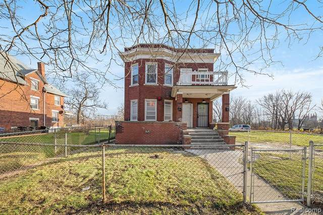 284 Rosedale Court, Detroit, MI 48202 (#2200095311) :: Duneske Real Estate Advisors