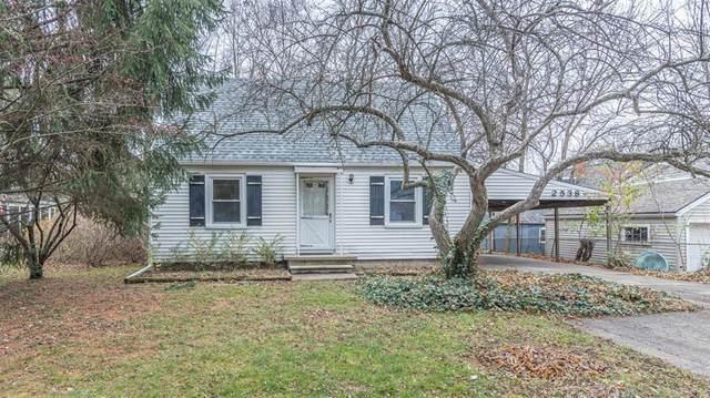 2538 Parkwood Avenue, Ann Arbor, MI 48104 (#543277686) :: The Alex Nugent Team | Real Estate One