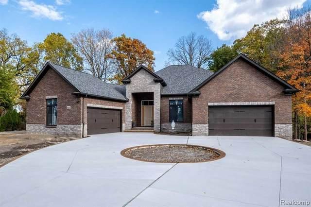523 Rochdale Drive S, Rochester Hills, MI 48309 (#2200095417) :: The Alex Nugent Team   Real Estate One