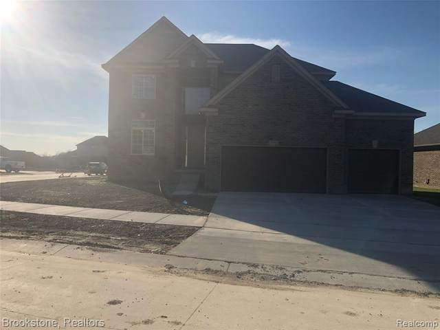 33752 Menominee Court, Chesterfield Twp, MI 48047 (#2200095553) :: The Alex Nugent Team | Real Estate One