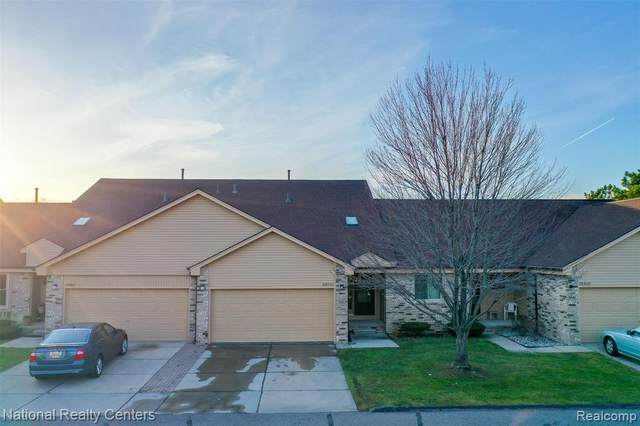 2316 Heritage Pointe Drive, Sterling Heights, MI 48314 (#2200095656) :: The Mulvihill Group