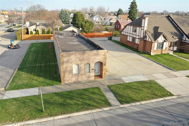 6470 Chase Road, Dearborn, MI 48126 (#2200095797) :: The Alex Nugent Team | Real Estate One