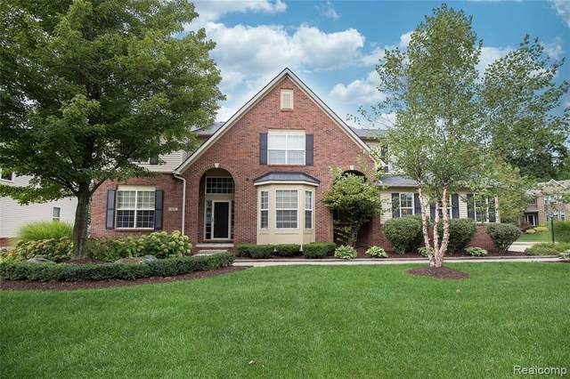 1213 Gentry Dr, South Lyon, MI 48178 (#2200095809) :: The Mulvihill Group