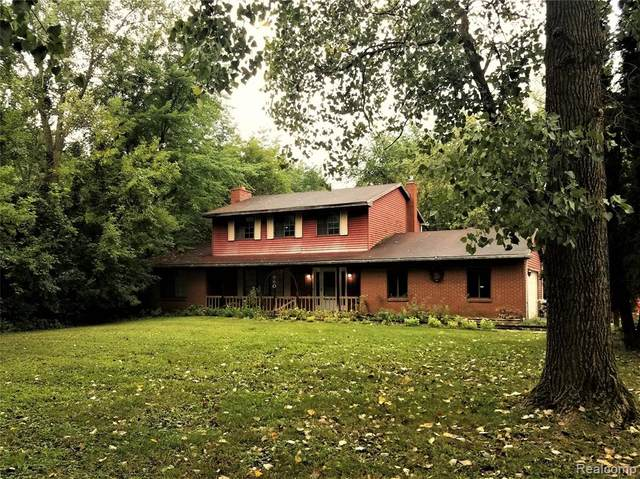4860 Maybee Road, Independence Twp, MI 48348 (#2200095878) :: Robert E Smith Realty