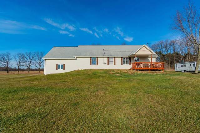2556 S Hillsdale Rd, Cambria Twp, MI 49242 (#53020048468) :: Keller Williams West Bloomfield