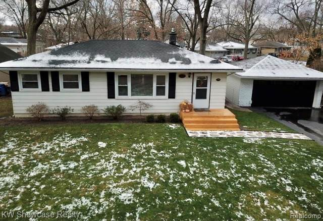 2849 Kenford Road, Waterford Twp, MI 48329 (#2200096012) :: The Alex Nugent Team | Real Estate One