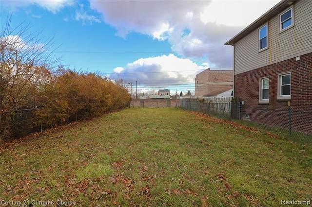 5922 Orchard Avenue, Dearborn, MI 48126 (#2200096120) :: The Alex Nugent Team | Real Estate One
