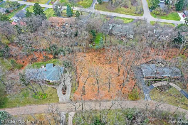 4375 Derry Road, Bloomfield Twp, MI 48302 (#2200096144) :: Robert E Smith Realty