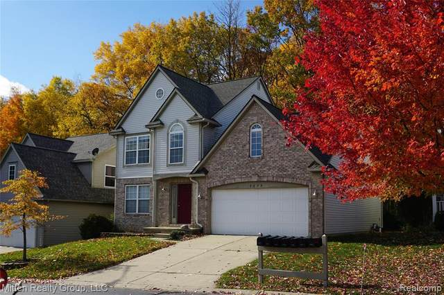 3235 Dunwoodie Road, Ann Arbor, MI 48105 (#2200096146) :: The Alex Nugent Team | Real Estate One