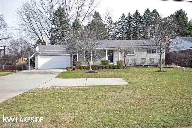 54248 Mound, Shelby Twp, MI 48316 (#58050029642) :: The Mulvihill Group