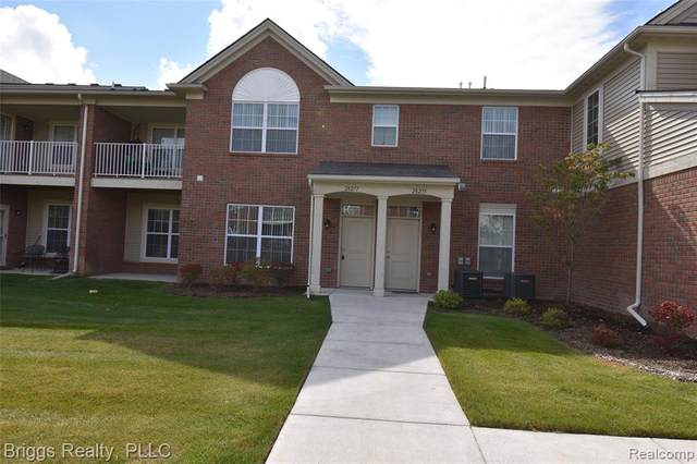 28277 South Pointe Lane #279, Chesterfield Twp, MI 48051 (#2200096502) :: The Mulvihill Group