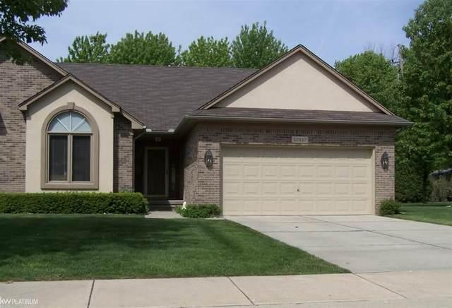 50927 Nature Dr, Chesterfield Twp, MI 48047 (#58050029688) :: Duneske Real Estate Advisors