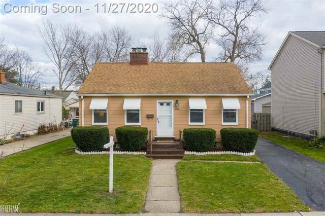 903 Hoffman, Royal Oak, MI 48067 (#58050029695) :: Duneske Real Estate Advisors