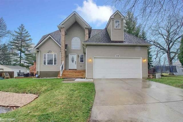 39760 Hearne, Harrison Twp, MI 48045 (#58050029728) :: Duneske Real Estate Advisors
