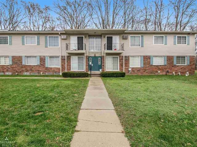 8166 24 MILE, Shelby Twp, MI 48316 (#58050029762) :: The Mulvihill Group