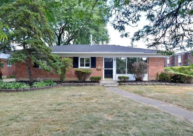 1702 Cresthill Avenue, Royal Oak, MI 48073 (#2200096855) :: Duneske Real Estate Advisors