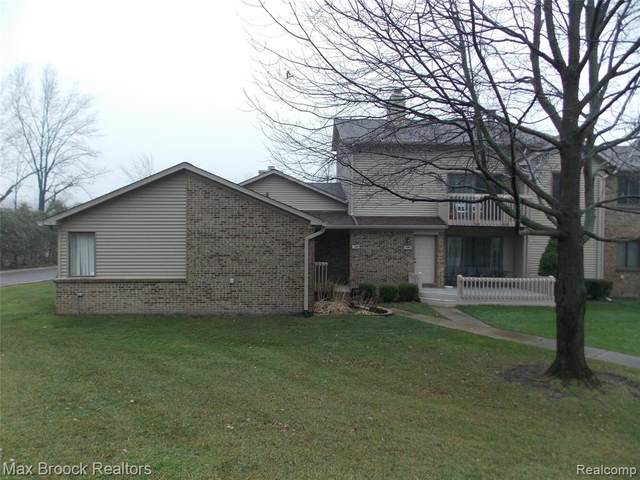 7100 Clements, West Bloomfield Twp, MI 48322 (#2200096956) :: GK Real Estate Team