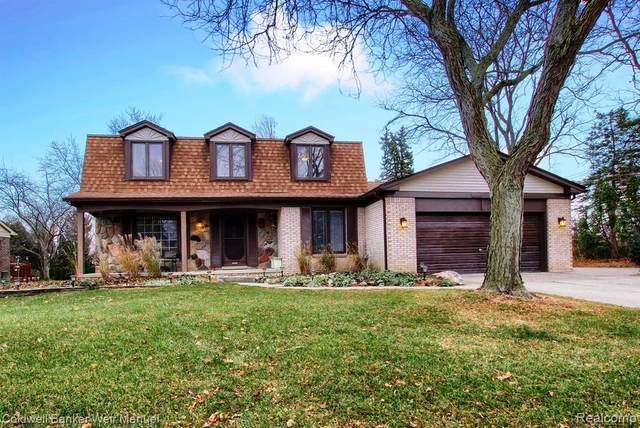 9612 Tennyson Drive, Plymouth Twp, MI 48170 (#2200096994) :: Duneske Real Estate Advisors