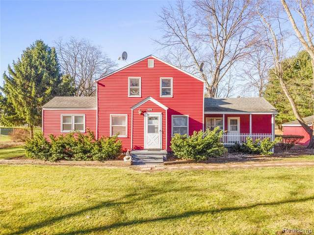 1575 Ridge Road, Superior Twp, MI 48198 (#2200097130) :: Duneske Real Estate Advisors