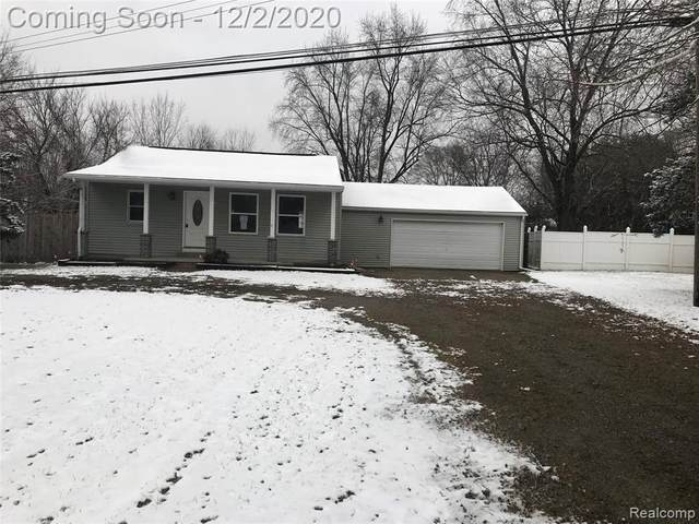 9236 Silver Lake Road, Argentine Twp, MI 48451 (#2200097178) :: Robert E Smith Realty