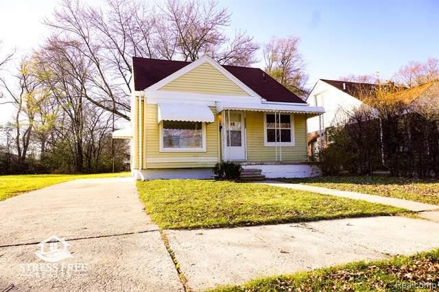 20807 Mitchelldale Avenue, Royal Oak Twp, MI 48220 (#2200097366) :: Duneske Real Estate Advisors