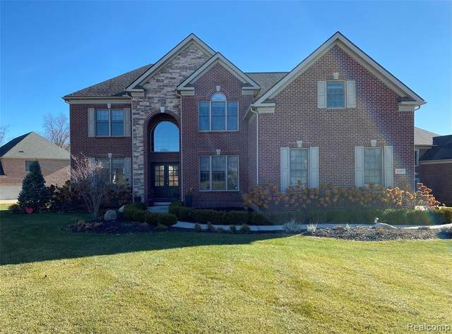 4307 Clearview Lane, Pittsfield Twp, MI 48108 (#2200097436) :: Duneske Real Estate Advisors